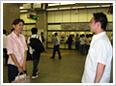 英会話体験レッスン当日は日本人講師との待ち合わせをします