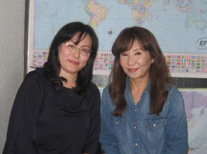 左:愛子先生 右:スタッフ山根