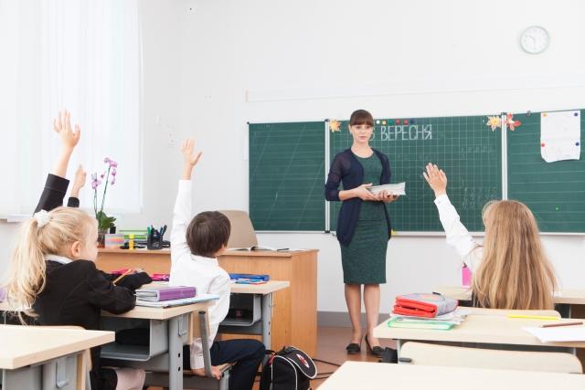 小学生/中学生/高校生/大学生の留学・ホームステイ英語準備マンツーマン英会話レッスン