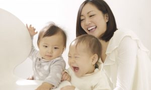 【子連れママ英会話】4か月後の海外赴任帯同。自宅で2歳と0歳の子連れマンツーマン英会話レッスン